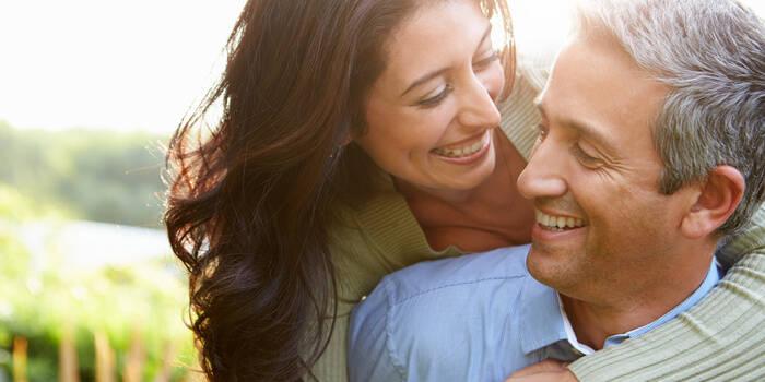 6 idejas, kā pavadīt kāzu gadadienu