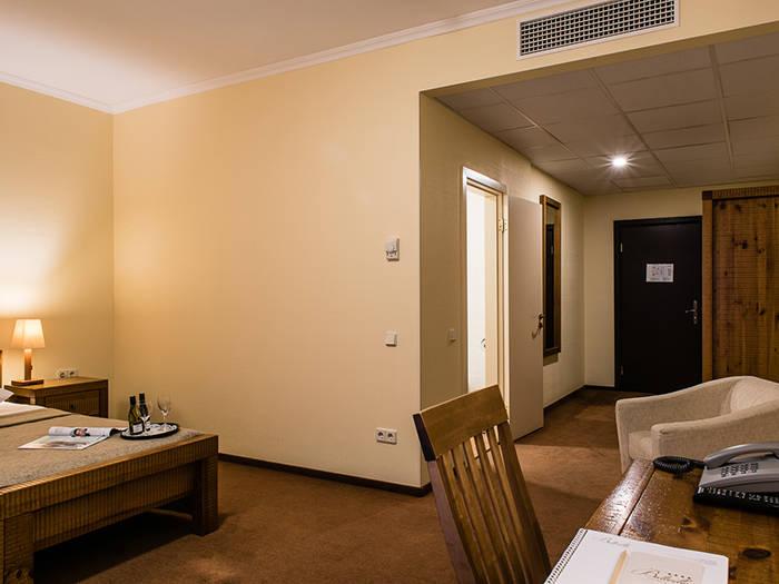 Hotel Baltvilla Отели в Рижском районе