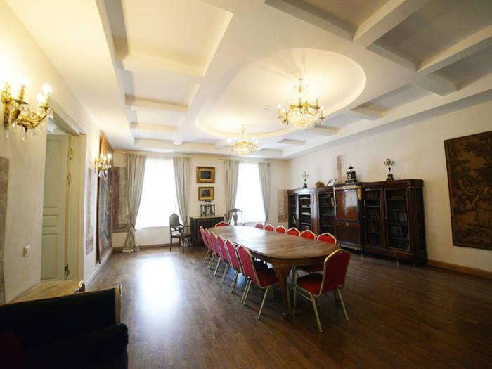 Bistrampolis muiža - Viesnīcas Panevēžā