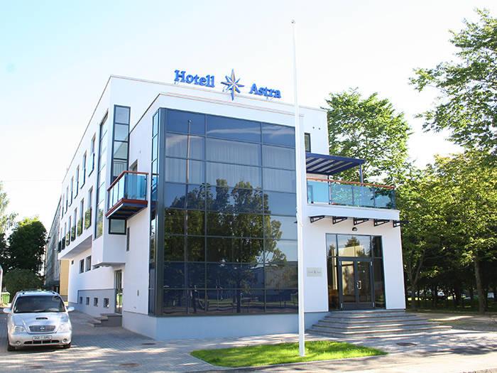 Hotell Astra - Отели в Пярну