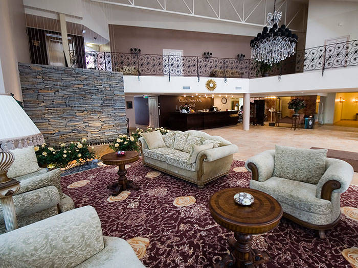 Grand Rose SPA Hotel - Viesnīcas Sāremā