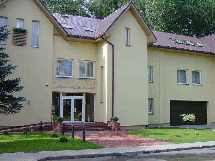 Audenis - Отели в Бирштонасе