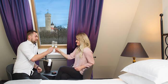 Игристый отдых на 2 ночи в Таллинне ДЛЯ ДВОИХ
