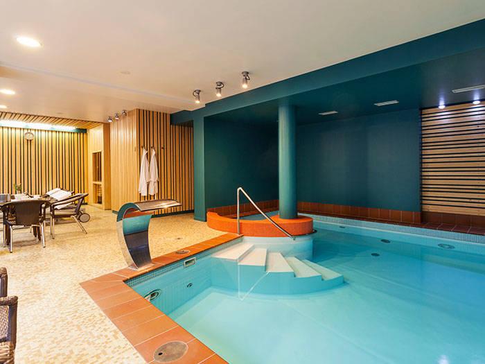 Amber Sea Hotel & SPA - Отели в Юрмале