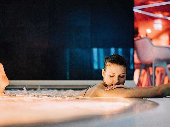 Wellton Riverside SPA Hotel - Отели в Риге