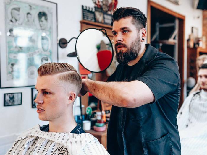 Knockout Barber Shop - Отели в Риге