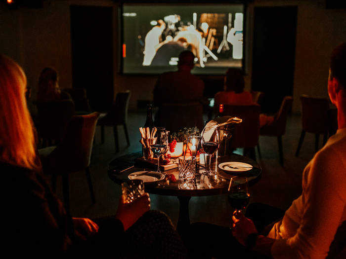 Vīna telpa ''Tinto'' - Viesnīcas Rīgā