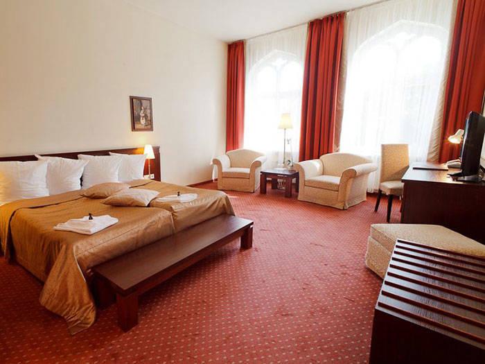Monika Centrum Hotels - Отели в Риге