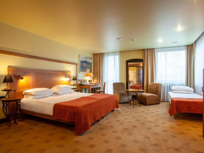 Best Western Santakos Hotel - Отели в Каунасе