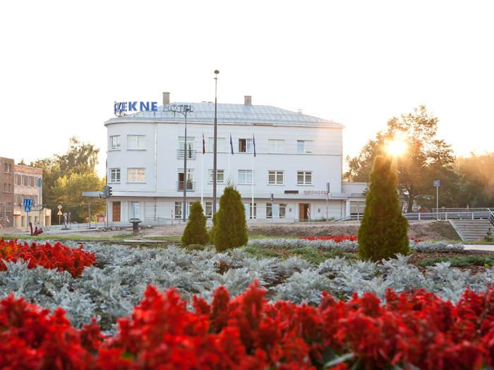 Kolonna Hotel Rēzekne - Отели в Резекне